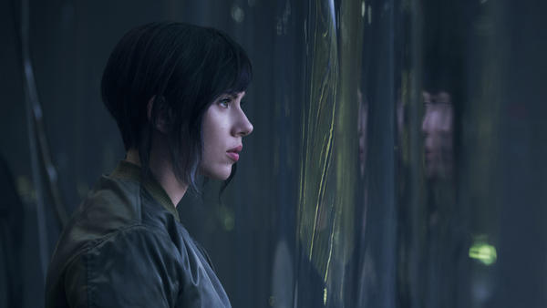 The ravishing sci-fi noir 'Ghost in the Shell' is fascinating, and not without its glitches