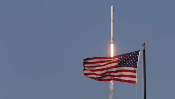 SpaceX nails historic reuse of orbital rocket