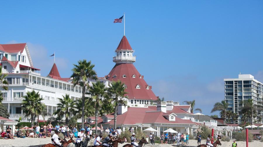 Hotel del Coronado: One of San Diego's classiest luxury hostelries.