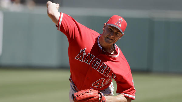 Angels look to maximize extra rest early for ace Garrett Richards