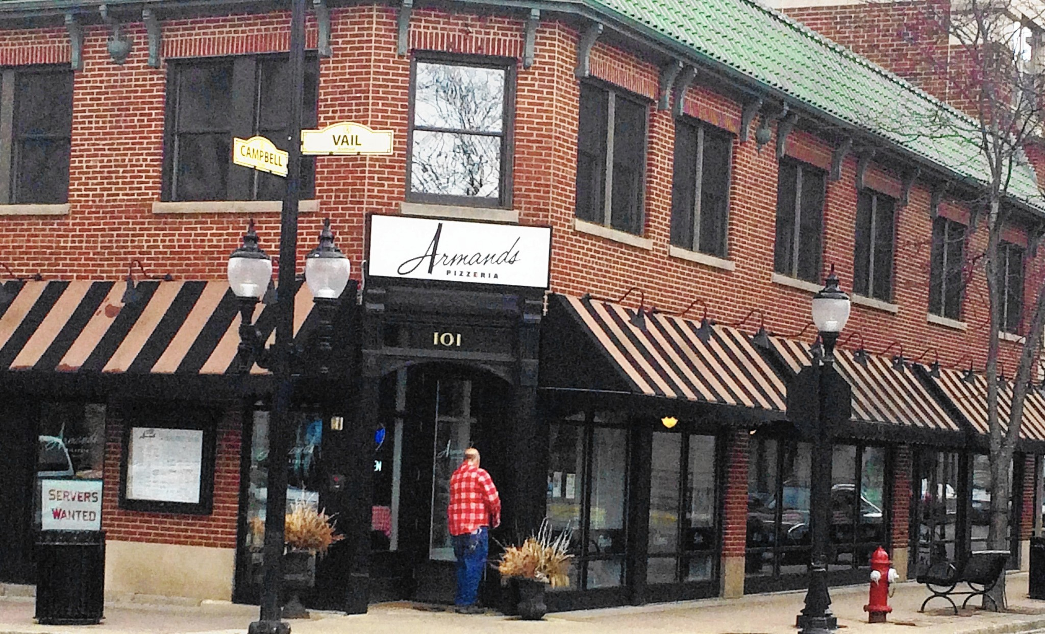 armand s pizza receives approval to offer outdoor dining in armand s pizza receives approval to offer outdoor dining in downtown arlington heights chicago tribune