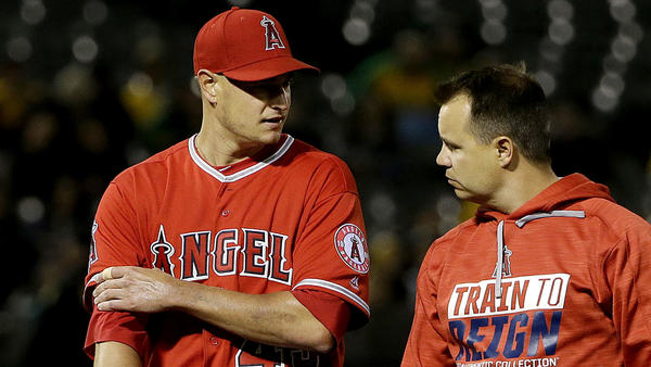 Garrett Richards looks sharp for four innings in Angels win, but biceps cramp stops him in fifth