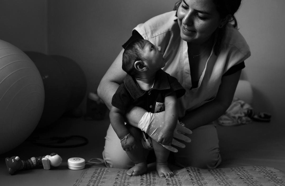 times photographer named pulitzer finalist for motherhood in the