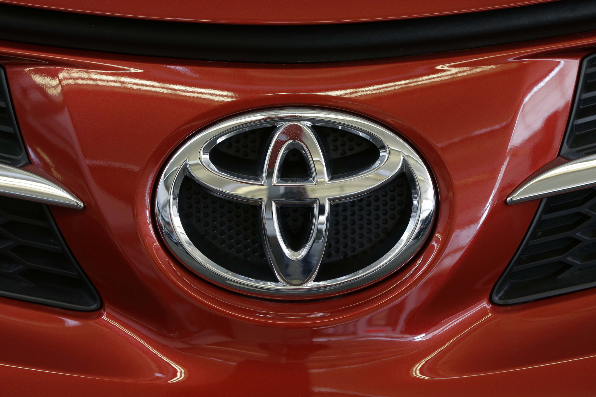 Toyota to invest 1 3 billion in kentucky factory as it ramps up camry production la times