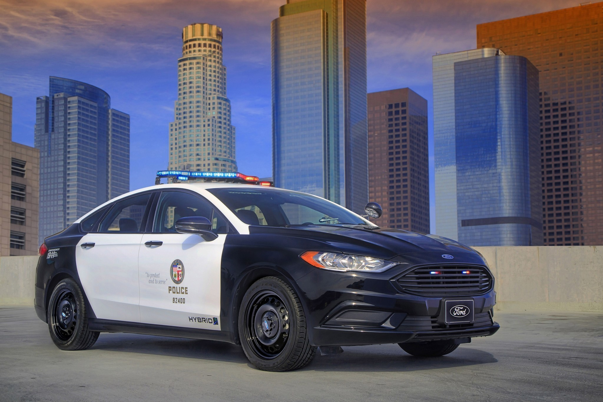 lapd could begin using the world 39 s first 39 pursuit rated 39 hybrid patrol car la times. Black Bedroom Furniture Sets. Home Design Ideas