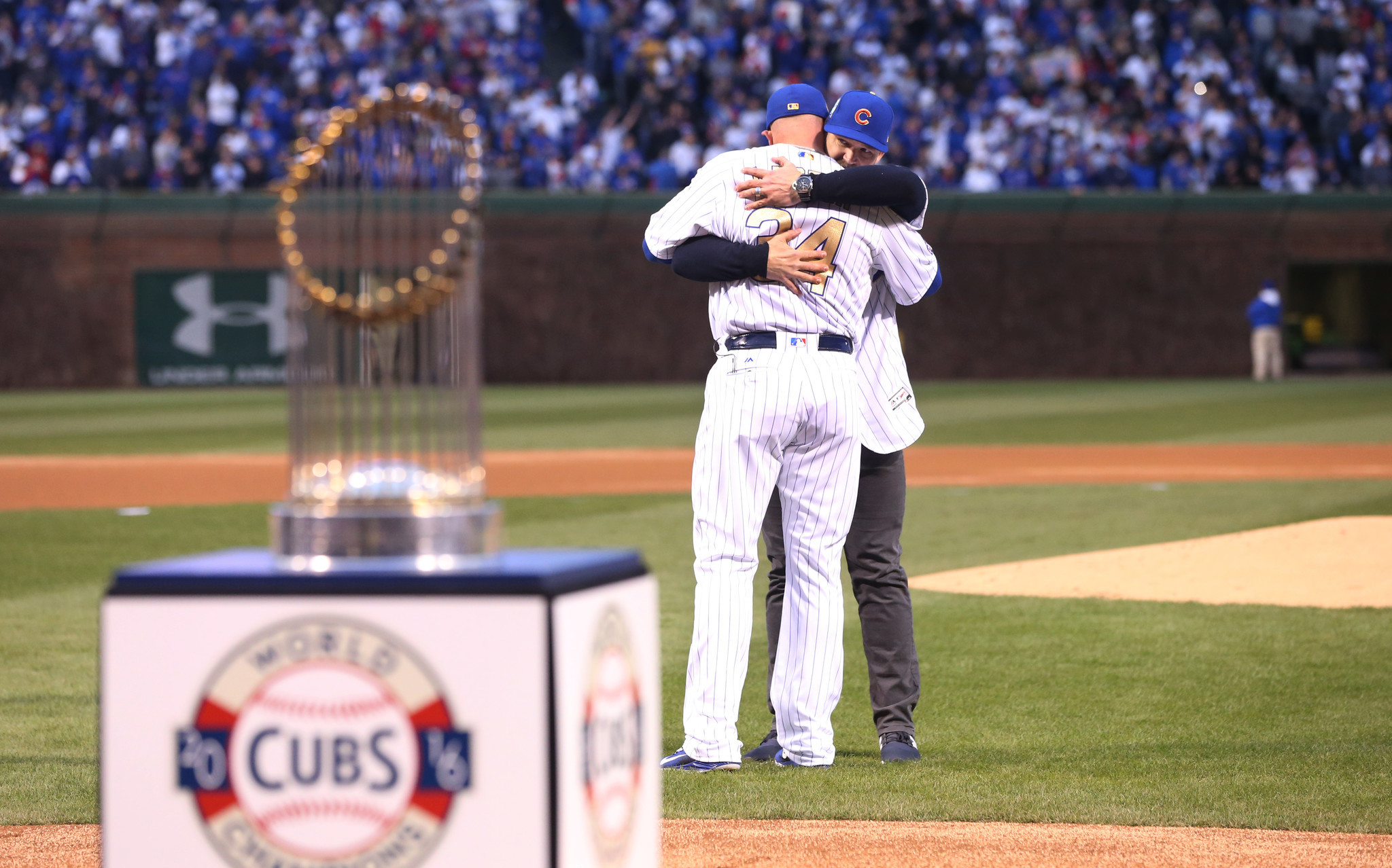 Ct-david-ross-cubs-ring-ceremony-spt-0413-20170412