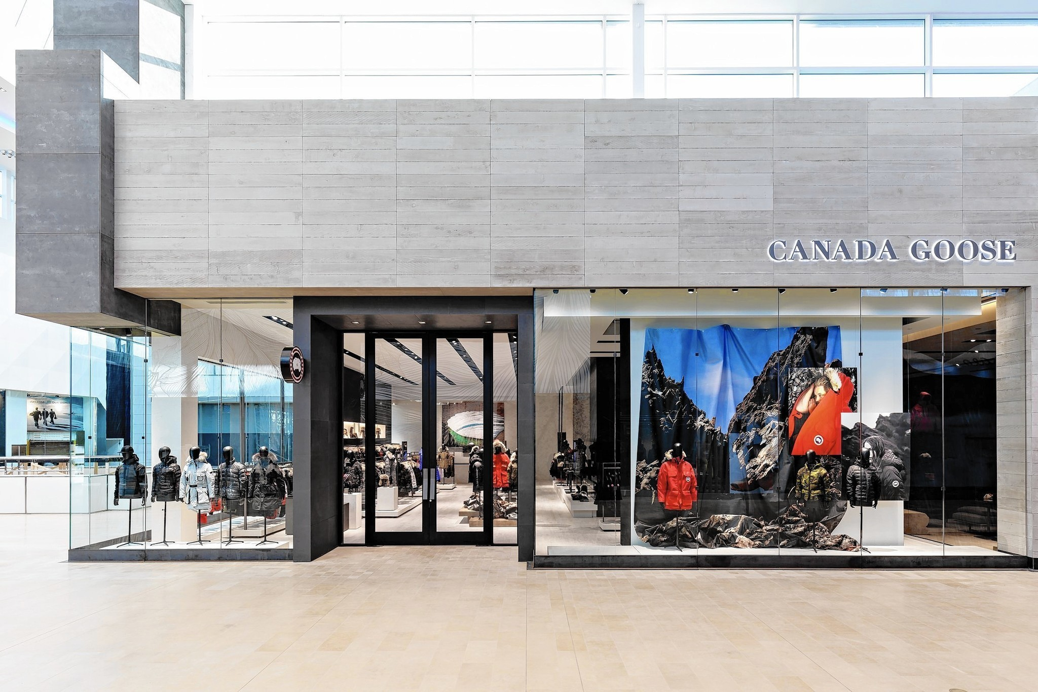 canada goose store in chicago