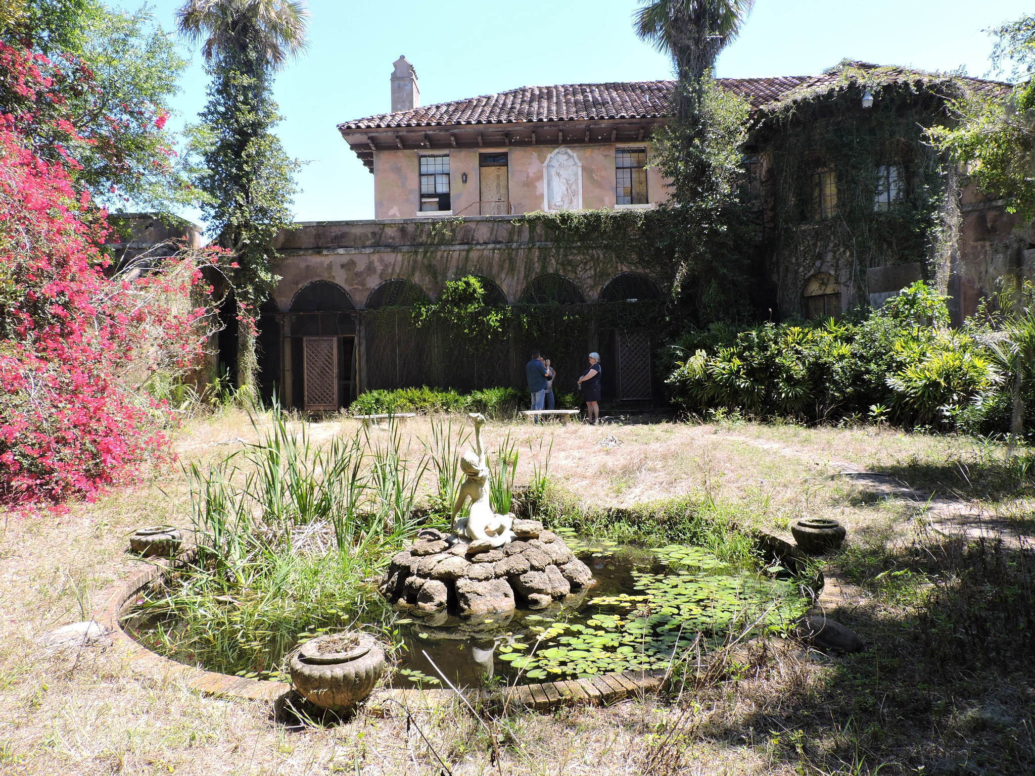 Mysterious Abandoned Howey Mansion Now Up For Sale