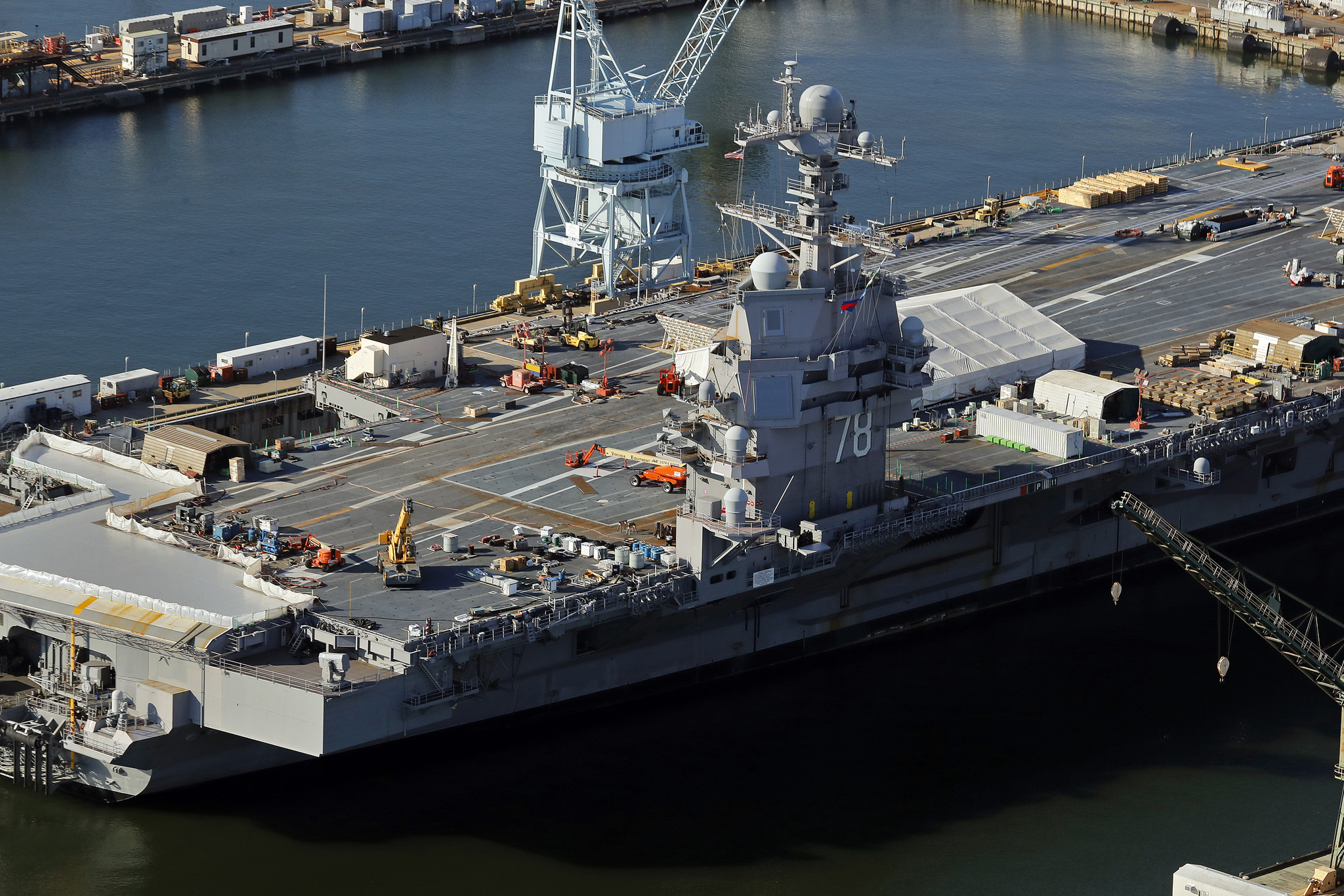 pictures ford aircraft carrier daily press. Cars Review. Best American Auto & Cars Review