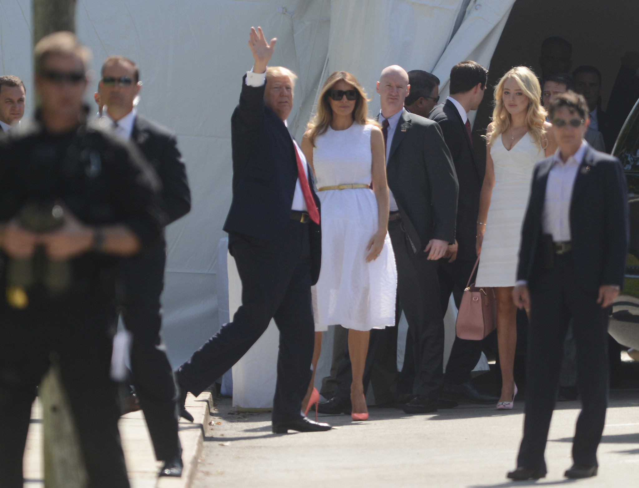 President Trump First Lady Other Relatives Attend Easter