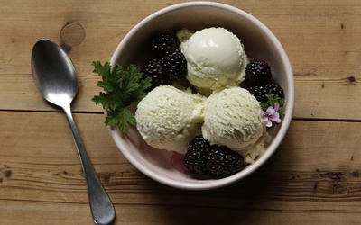 Rose geranium ice cream with rose geranium blackberries