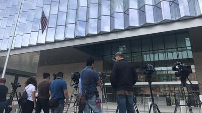 Procesan orden de arresto contra el cantante Luis Miguel en corte de Los Ángeles