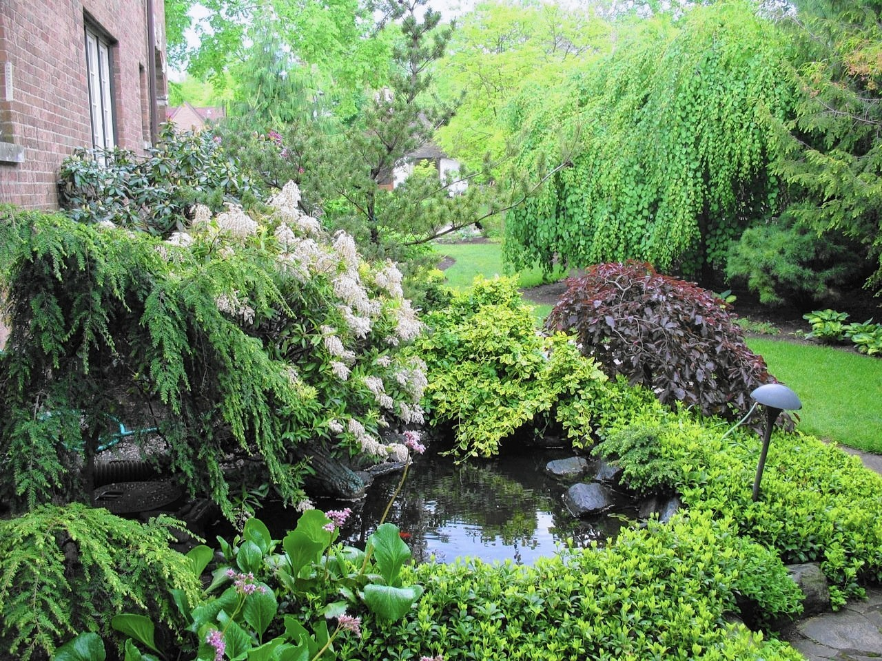 2017 guide to plant sales garden walks in chicago suburbs