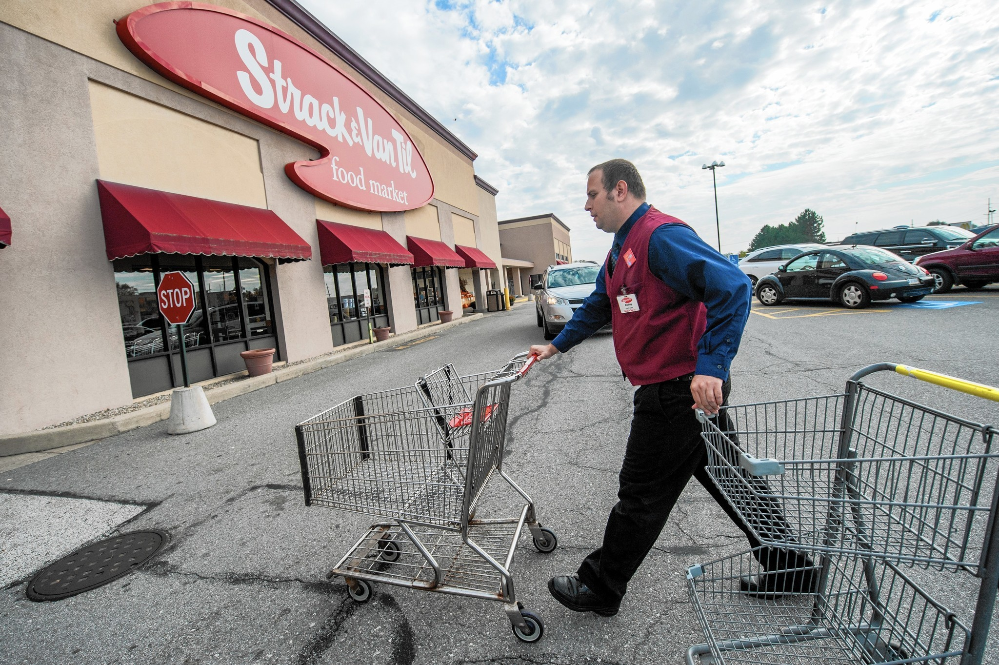 Central Grocers Will Close 9 Ultra Foods Stores Sell 22 Strack