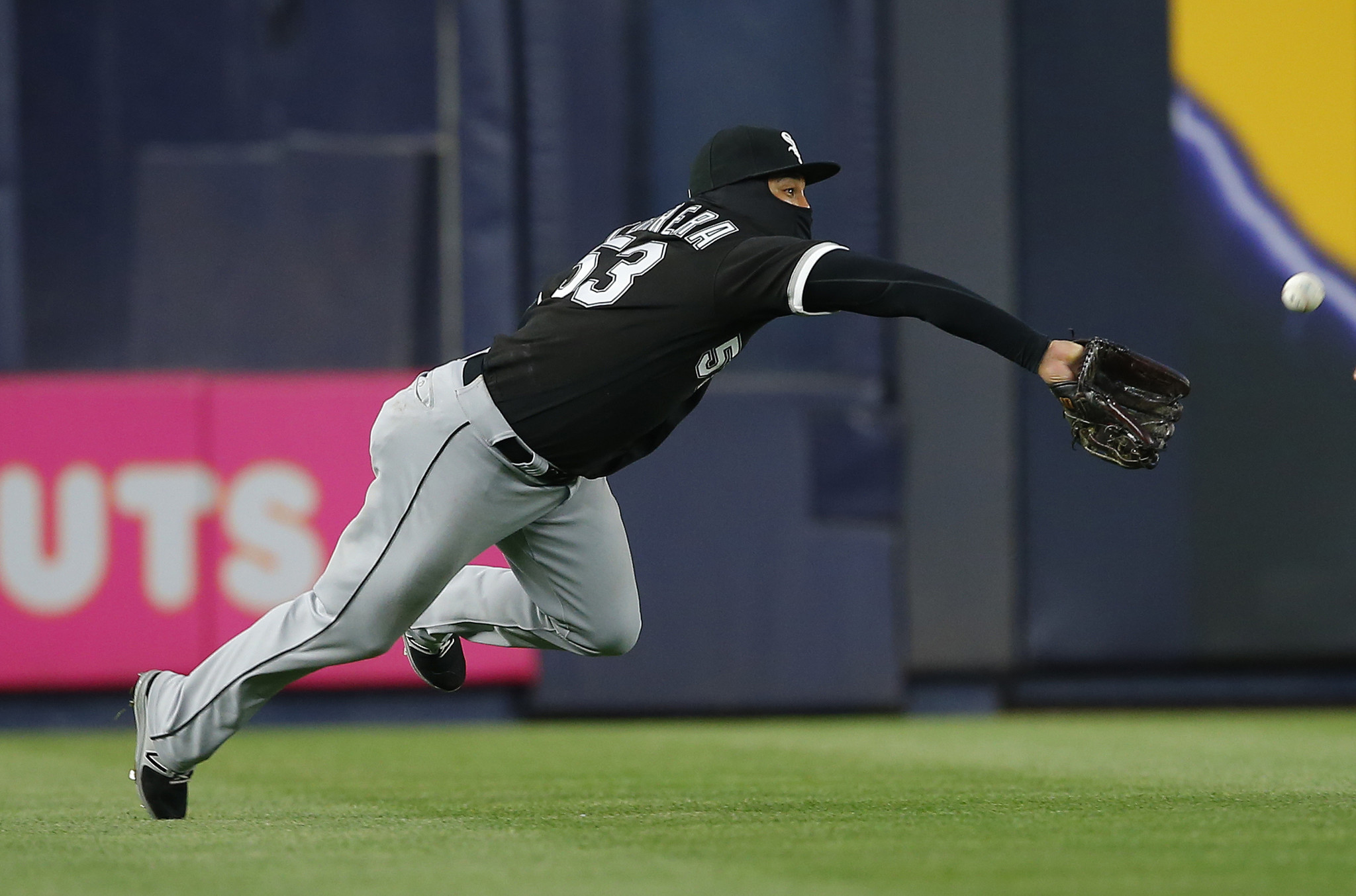 Three-hit game Wednesday night was music to Jose Abreu's ears