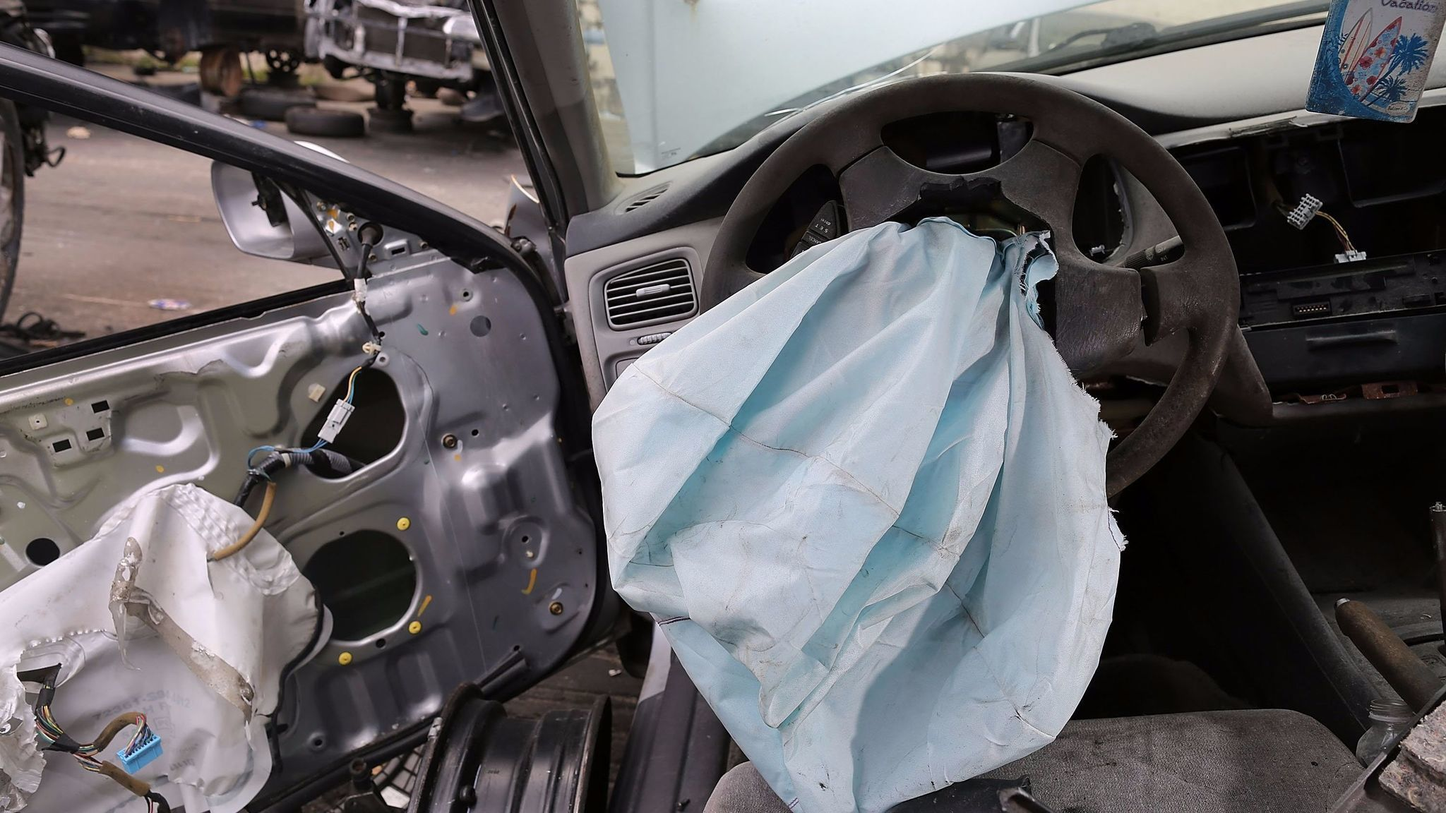 Broward drivers urged to check for dangerous air bags this weekend