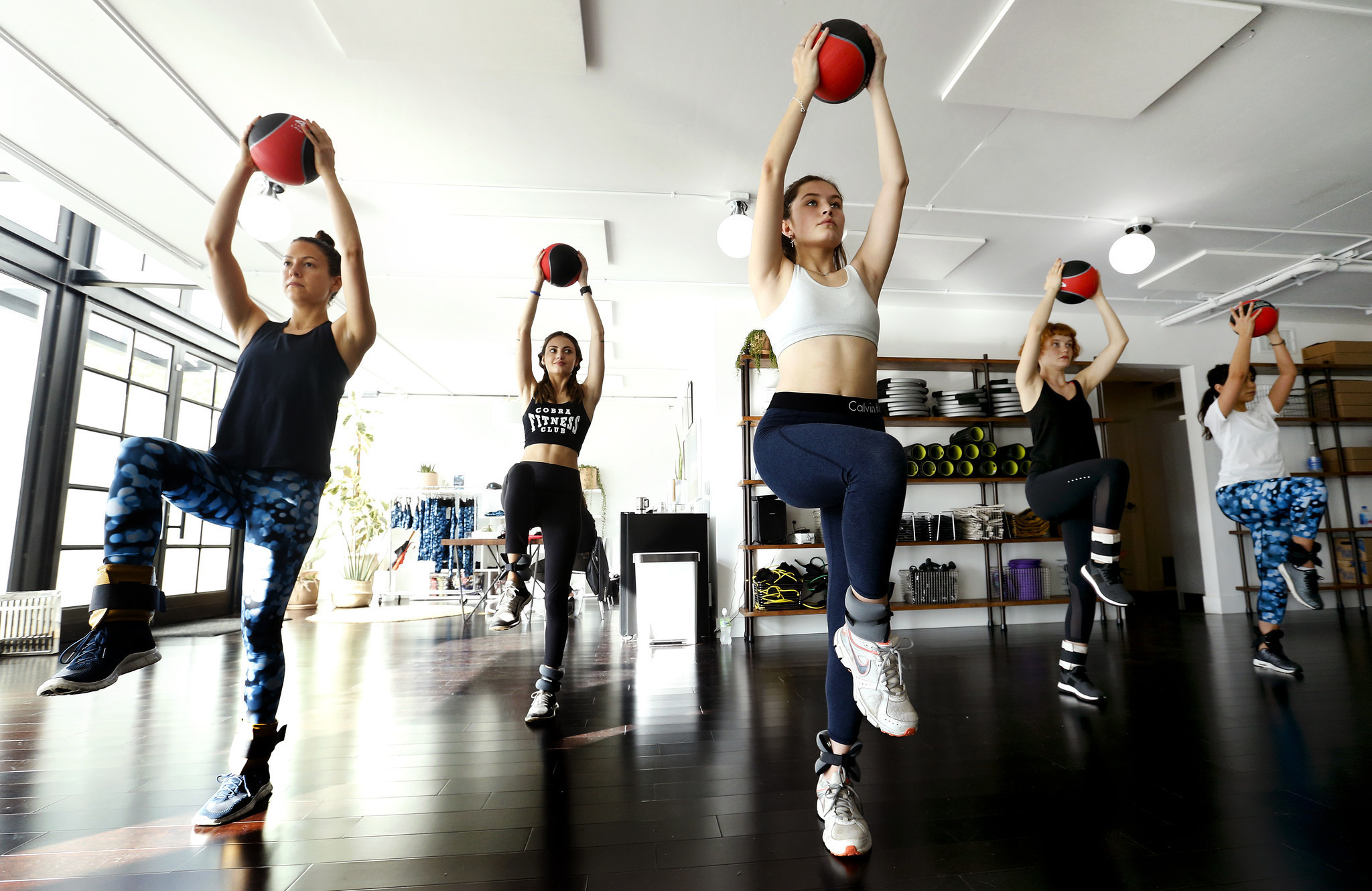 It 39 s called the 39 supermodel workout 39 la times for Gimnasio fitness las rosas