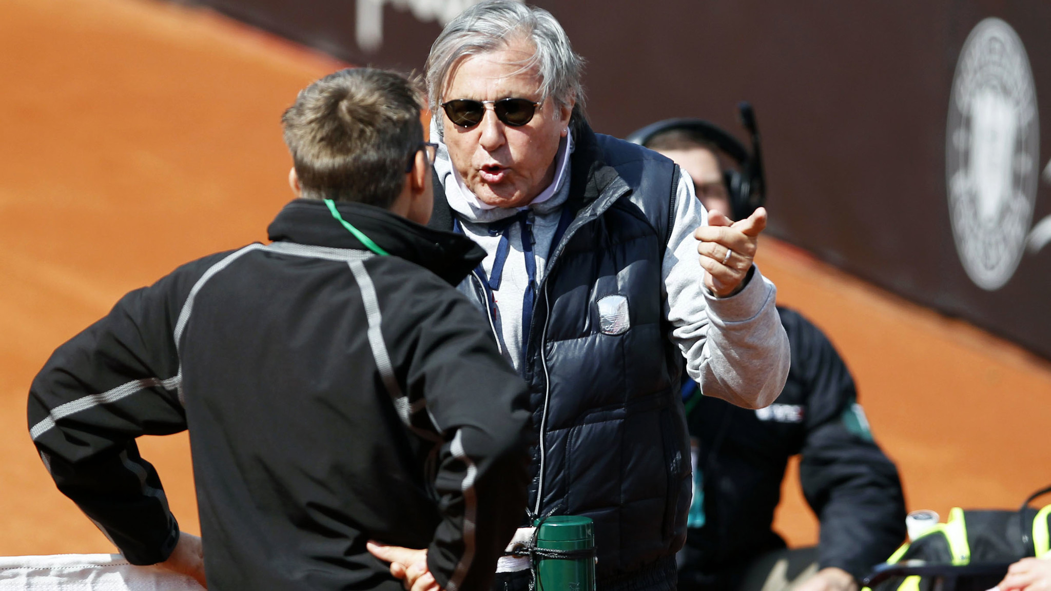 Romania captain Ilie Nastase ejected from Fed Cup match against