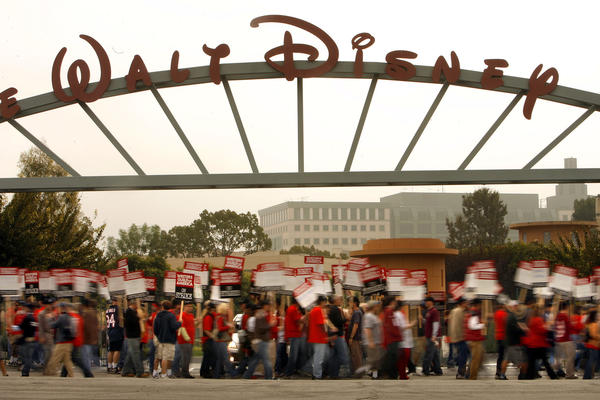 Hollywood scrambles to keep the show going as strike threat looms