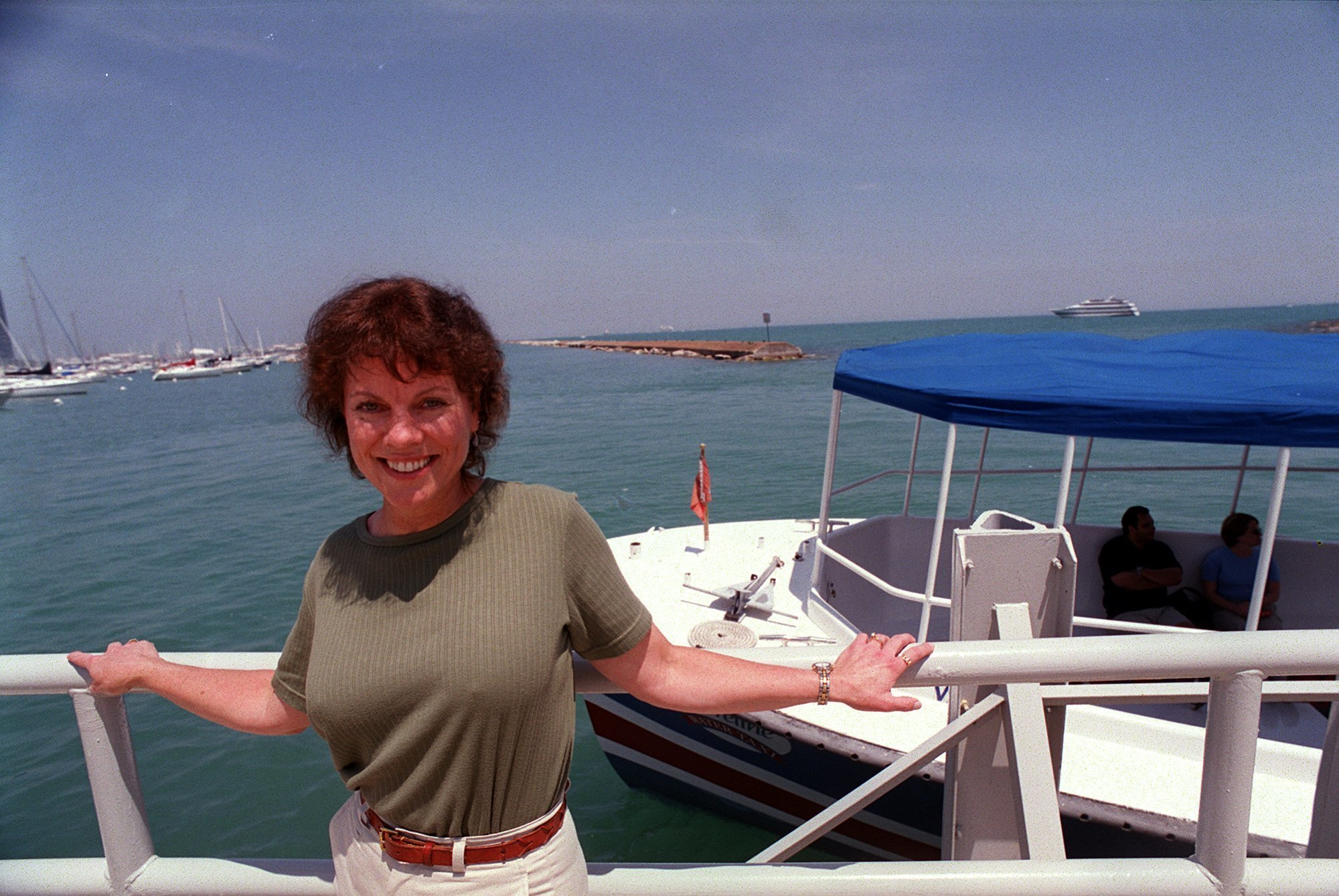 Joan Crawford,Tricia Helfer CAN 2 1997-1998 Adult videos Kelly Sullivan (actress),Kate Burton (born 1957 (born in Geneva, Switzerland