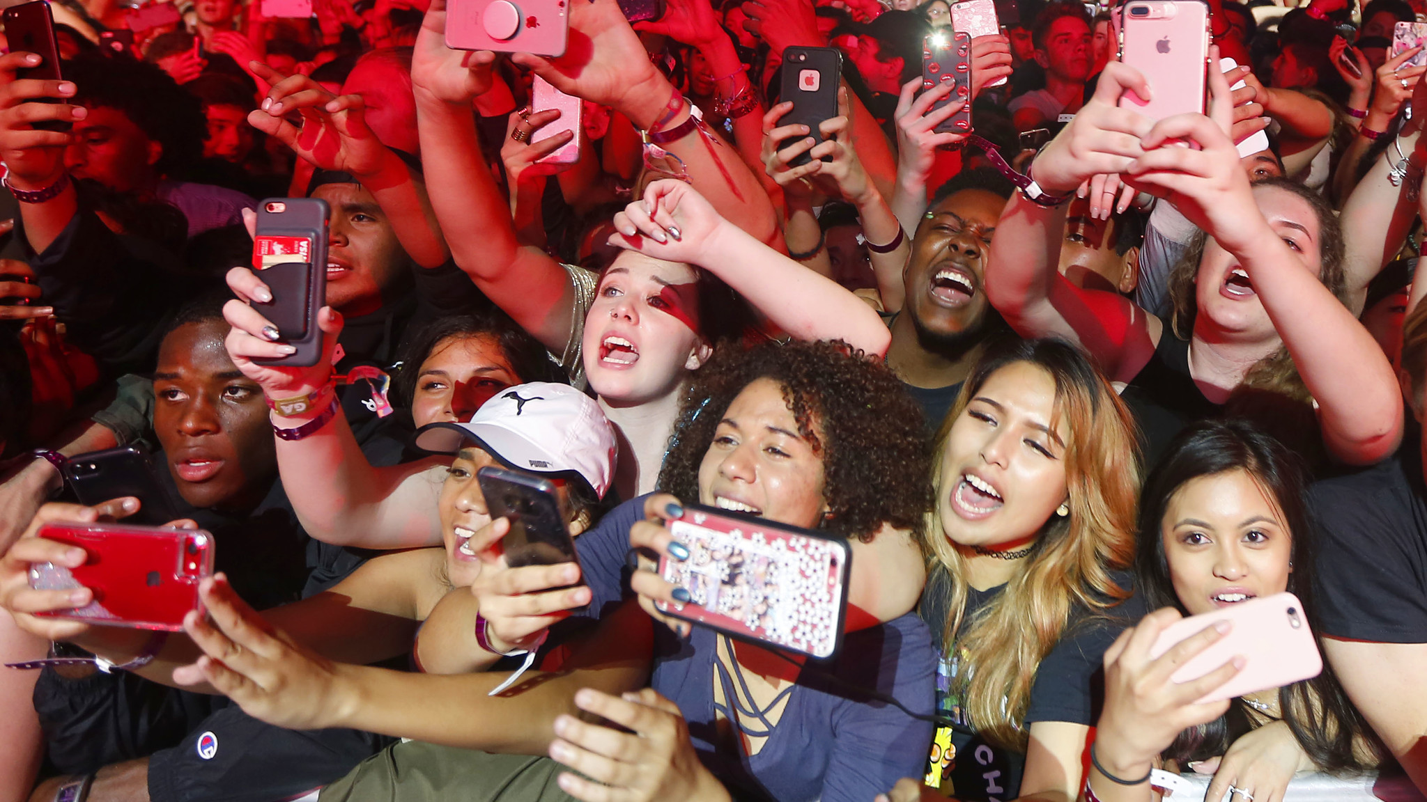 The coloring book chance the rapper tour - Chance The Rapper Brings Gospel Fervor To Tour Opening Concert In San Diego The San Diego Union Tribune