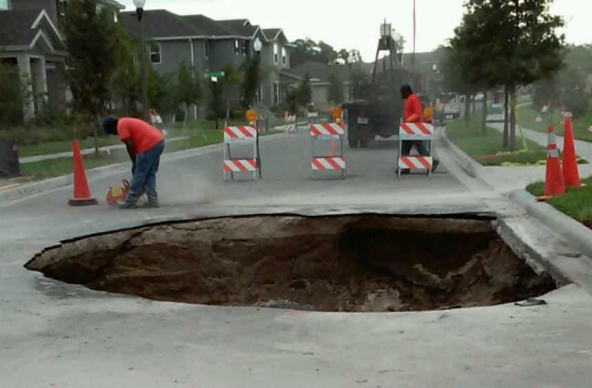 Orange County Road Crews Fixing Sinkhole In Winter Garden Neighborhood    Orlando Sentinel