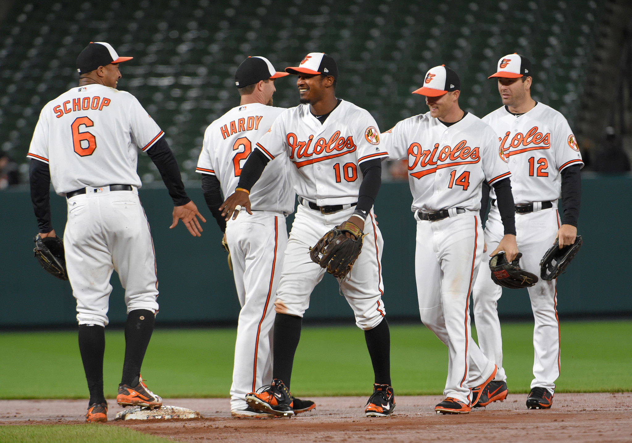 Bal-schmuck-same-as-it-ever-was-orioles-are-off-to-a-better-start-than-the-pundits-20170425