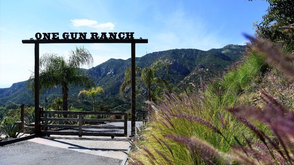 Go inside one gun ranch a gorgeous malibu oasis where for Db ranch