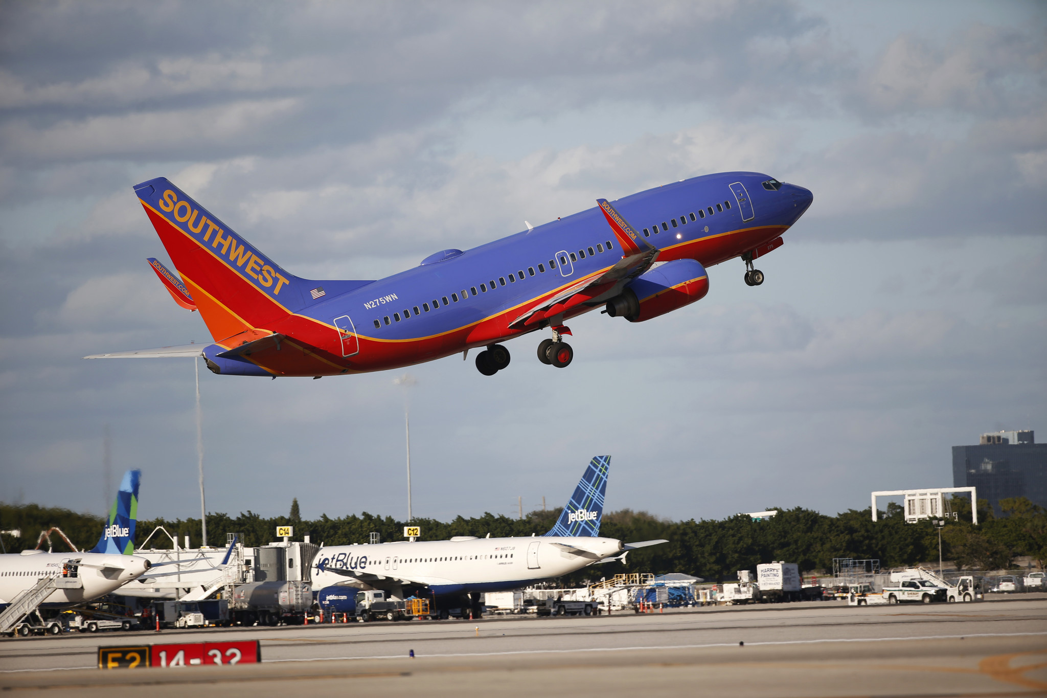 southwest airline baltimore Southwest airlines compare cheap southwest airlines flights together with hundreds of other airlines find the best deals for baltimore, chicago.