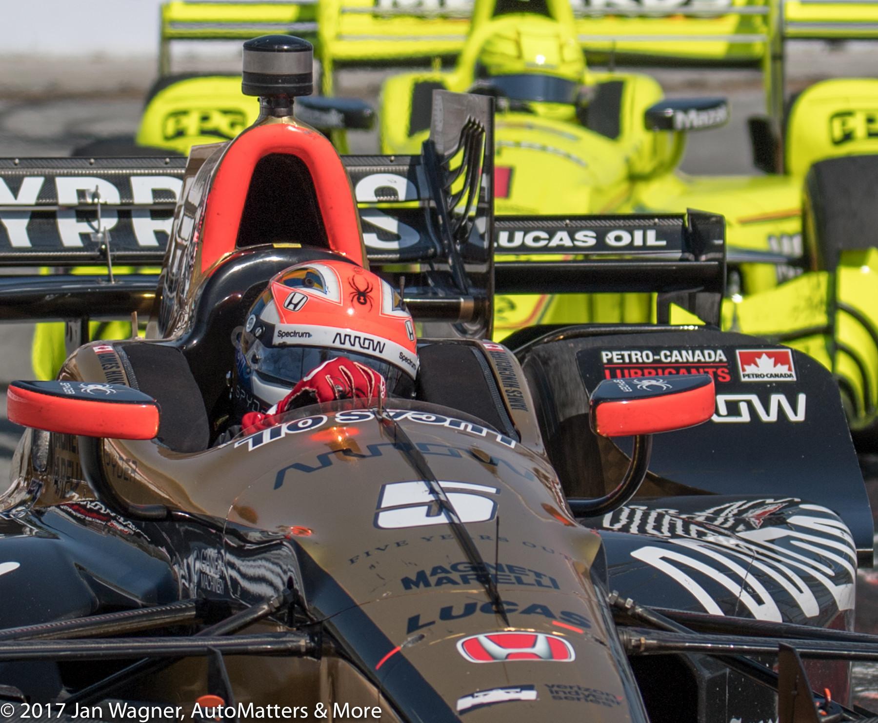 James Hinchcliffe in tight racing
