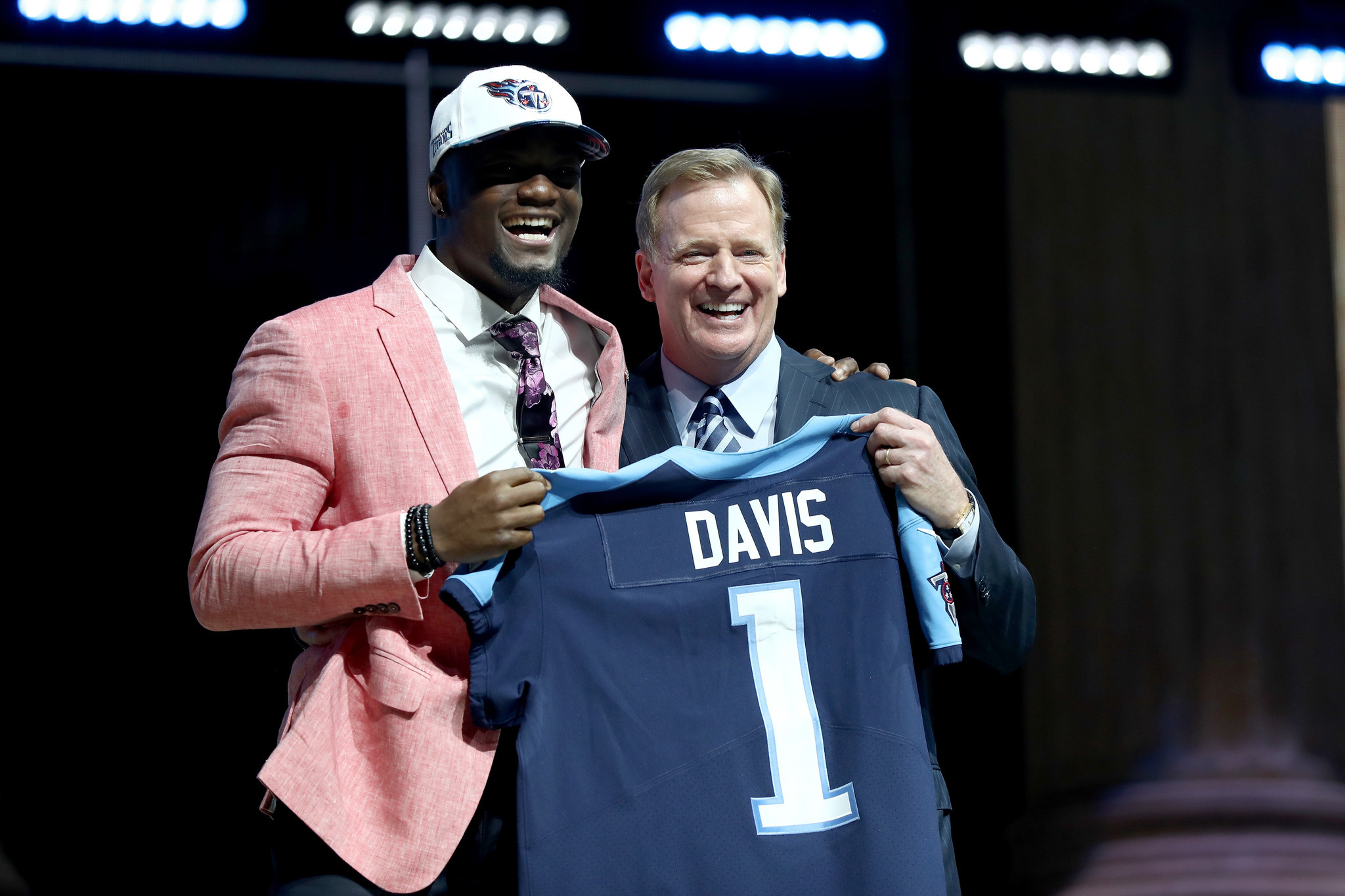 Wheaton Warrenville South graduate Corey Davis picked 5th in NFL draft by Titans