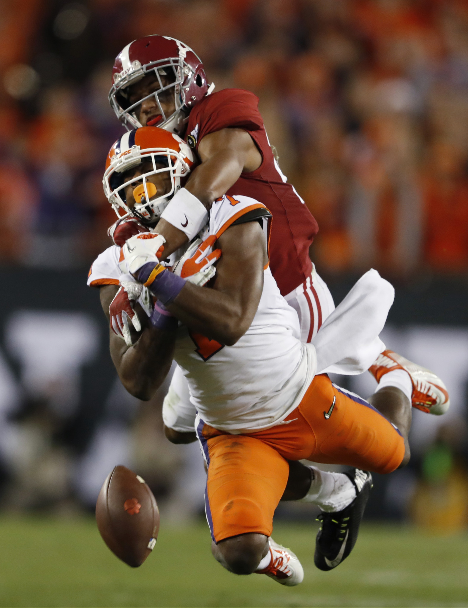 Bal-ravens-select-alabama-cb-marlon-humphrey-with-no-16-overall-pick-in-nfl-draft-20170427