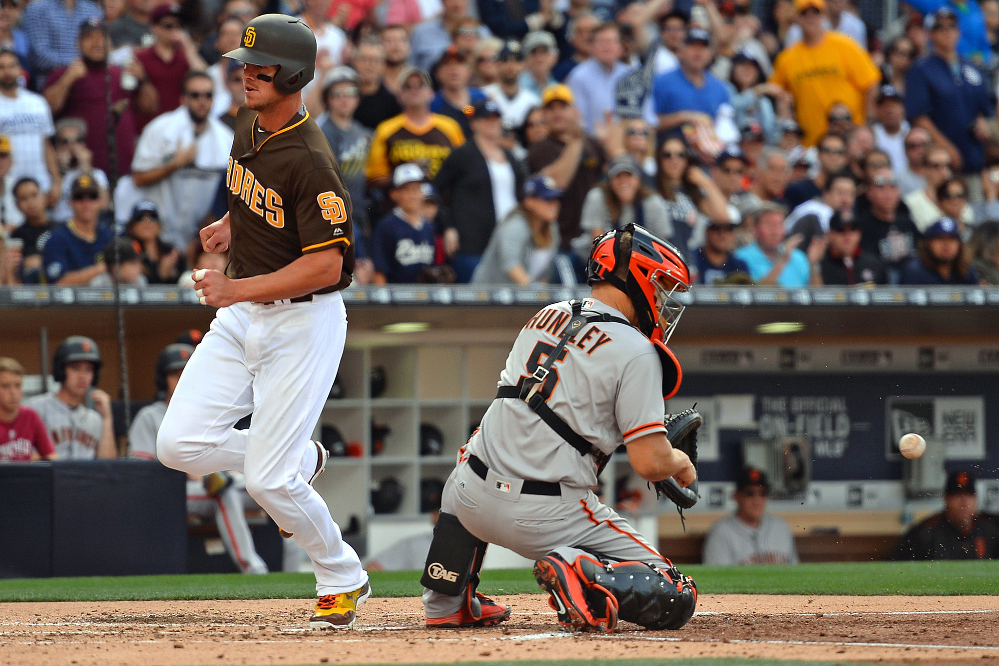Sd-sp-padres-on-deck--first-series-at-at-t-park-20170428