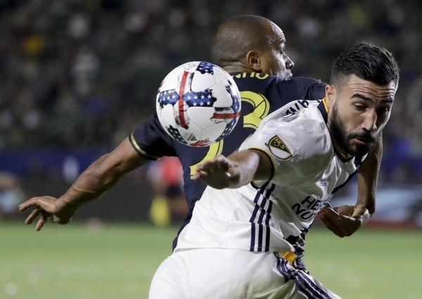 Galaxy draws with Philadelphia Union to extend winless streak to 16 games