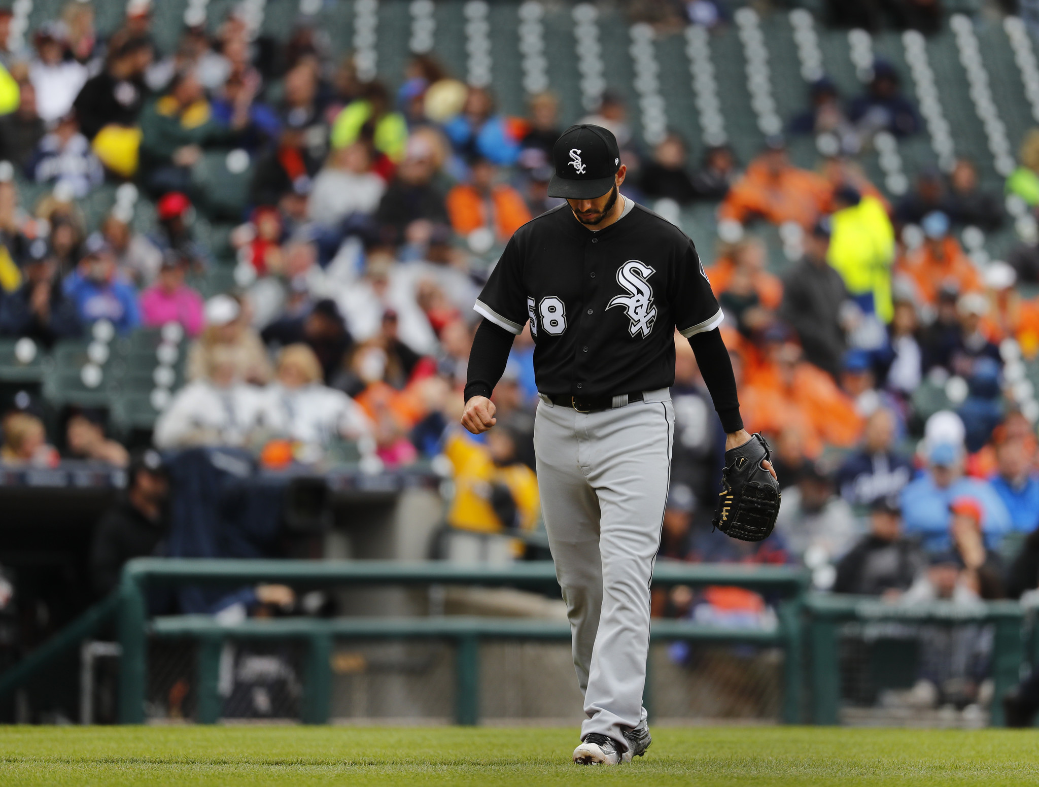 white sox win streak ends at six with 7 3 loss to tigers chicago