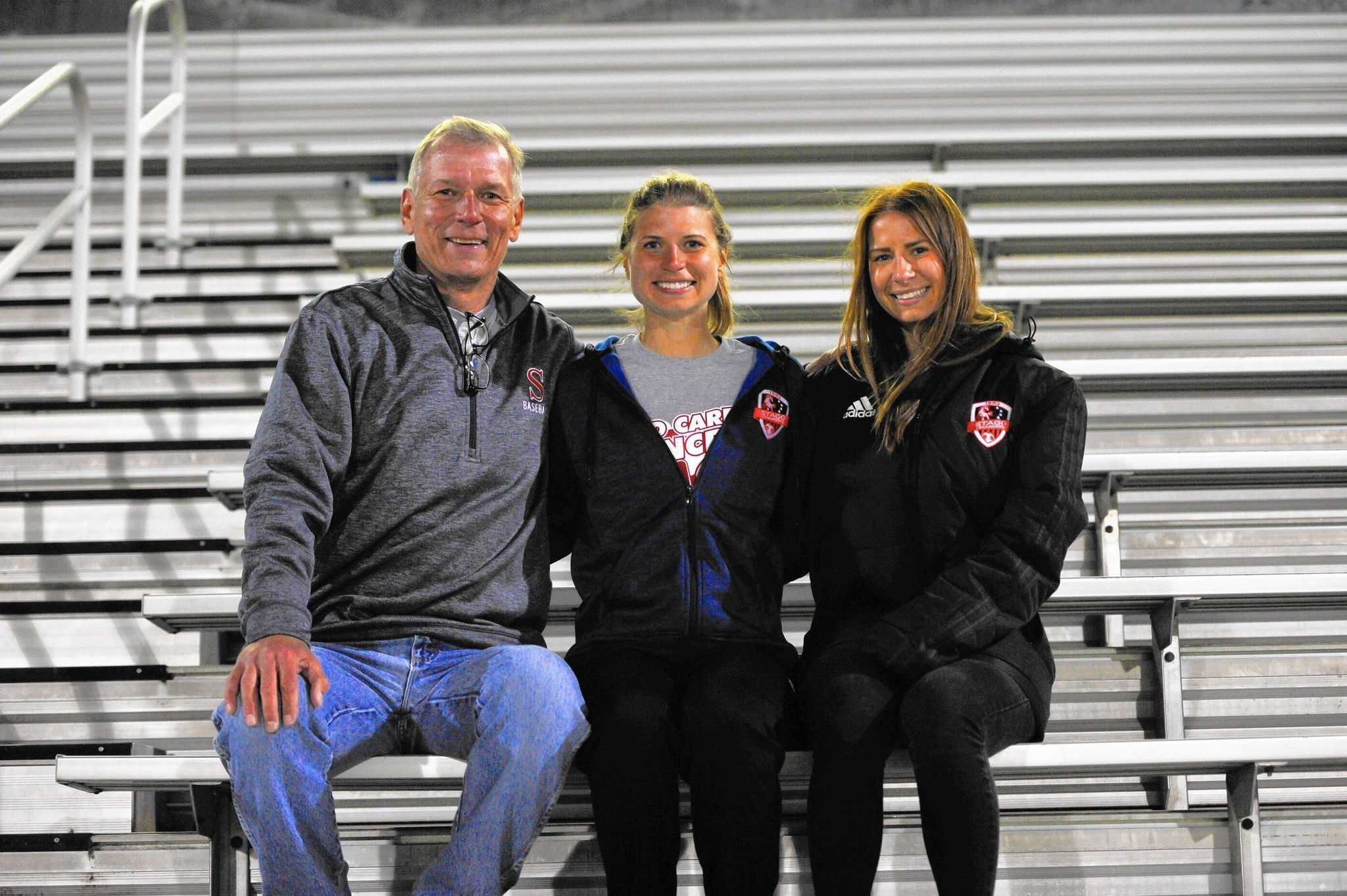 Baranek A Mom S Spirit Lives On Through Her Daughters And Stagg Soccer Daily Southtown