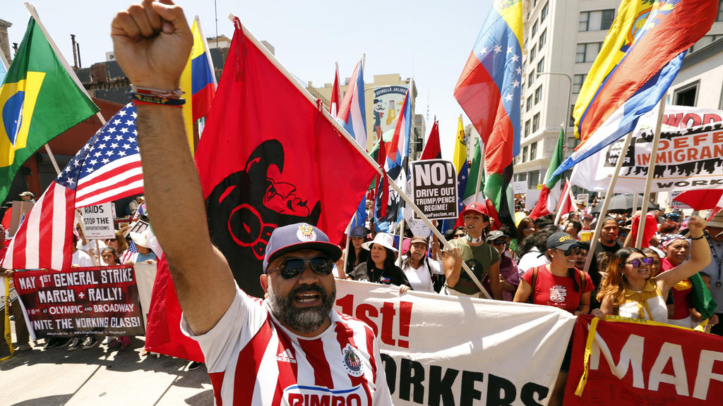 Downtown La Protests >> L.A. mayor: Hard work, compassion, equal justice at heart of May Day protests - LA Times