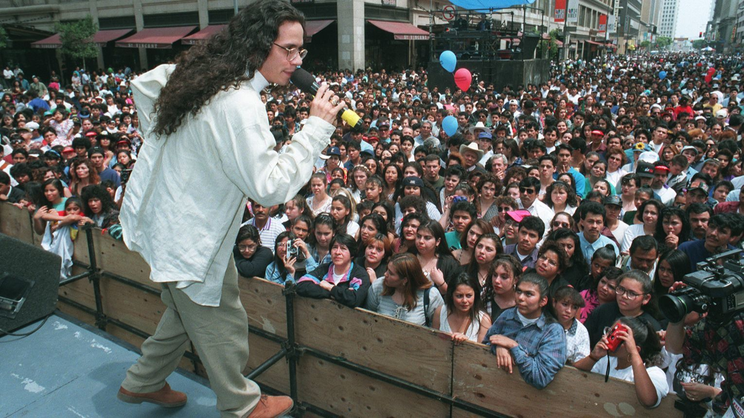 Marc Anthony entertains a downtown L.A. crowd in the 1990s.