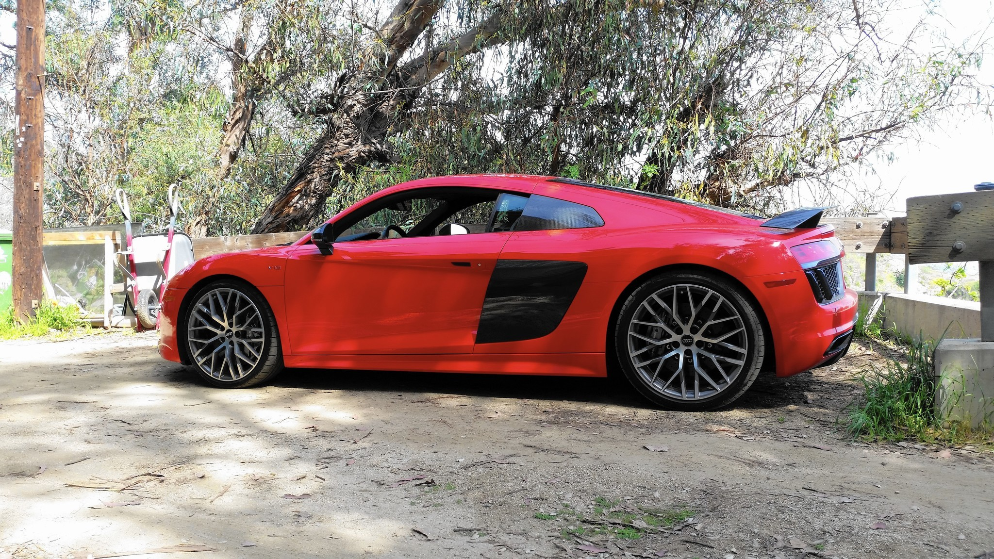 Review Audi R Is An Everyday Supercar Chicago Tribune - Audi supercar
