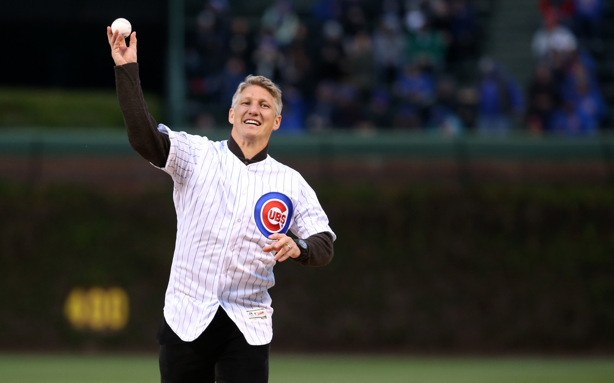 Bastian Schweinsteiger Ana Ivanovic make their Wrigley Field