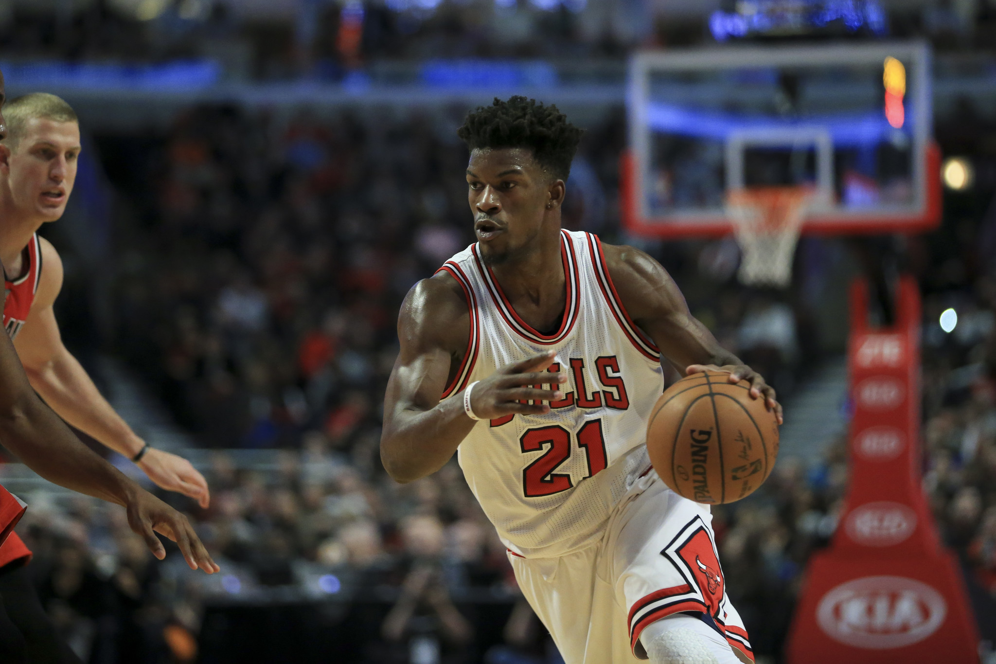 Bulls gauging Jimmy Bu...