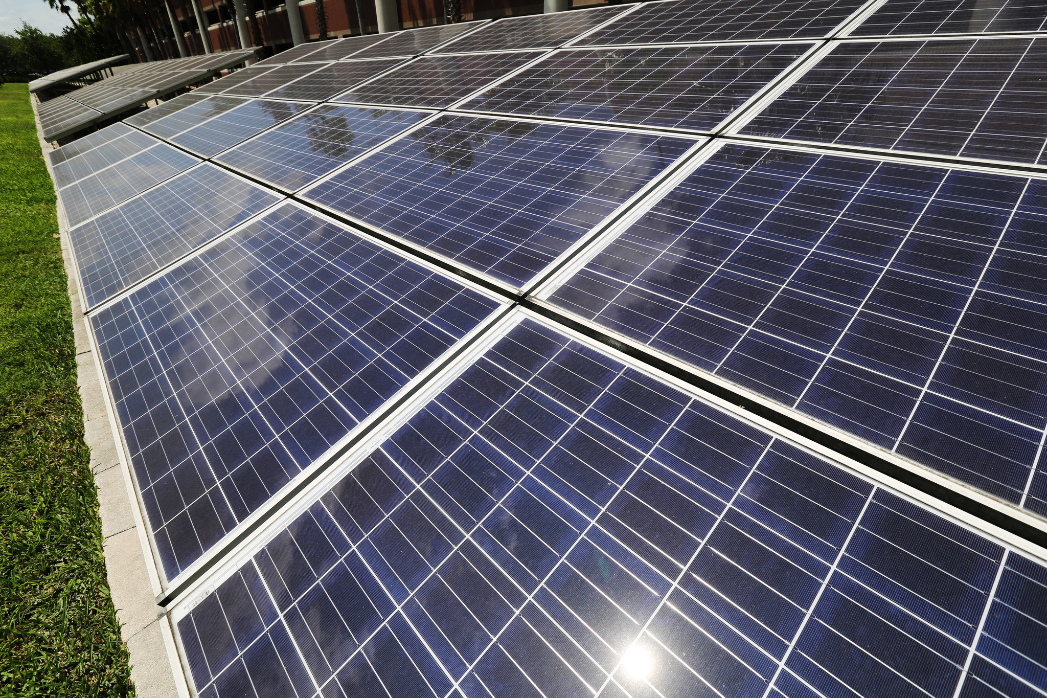 Ucf S Enormous Solar Plant Would Slash 2 Million A Year