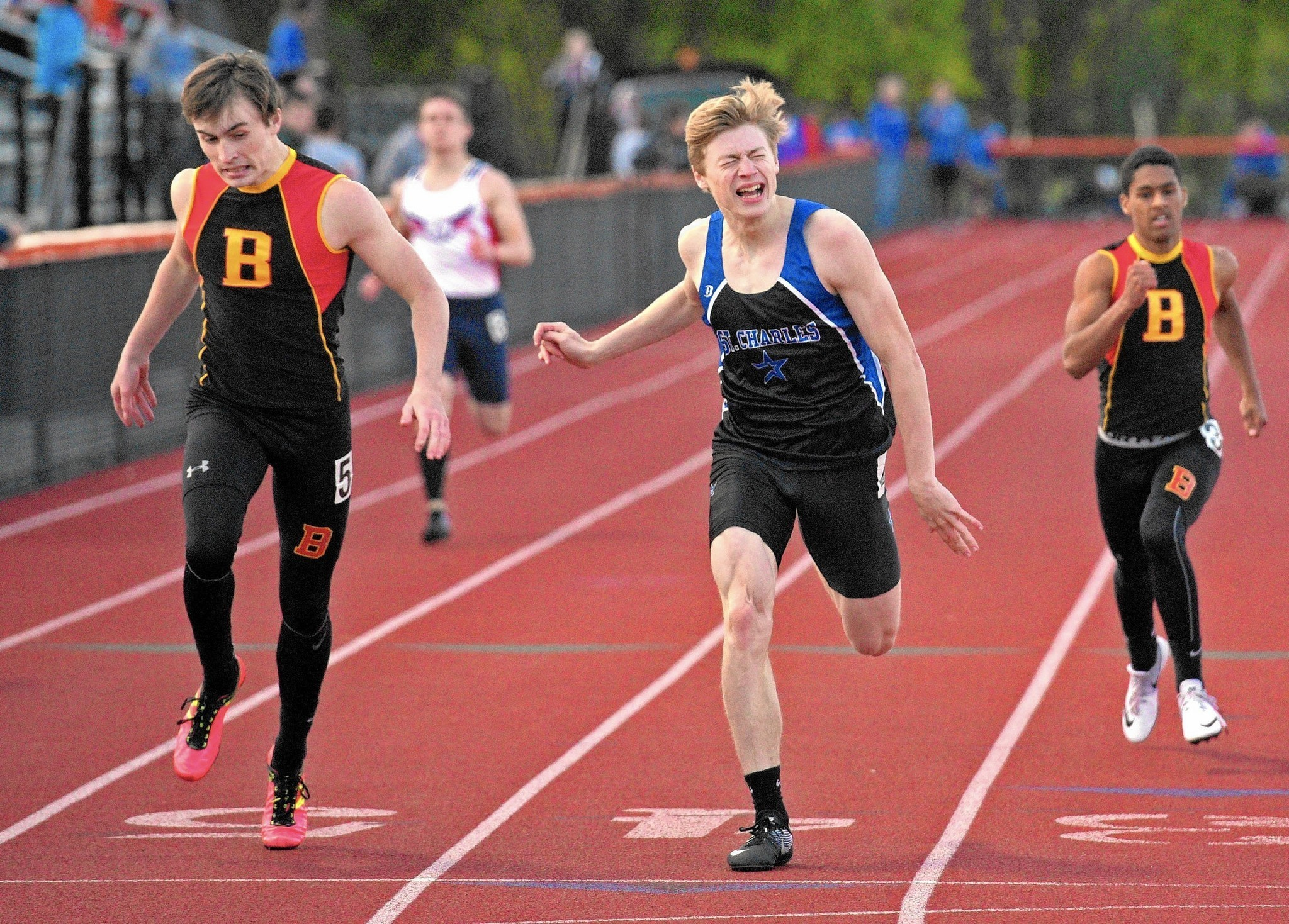 meet kane county singles Batavia wins four individual events and three relays to capture first kane county meet team title in girls track in nine years.