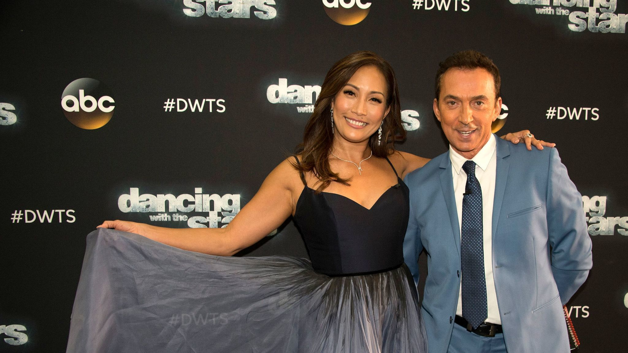 Who is dating on dancing with the stars 2013 australia