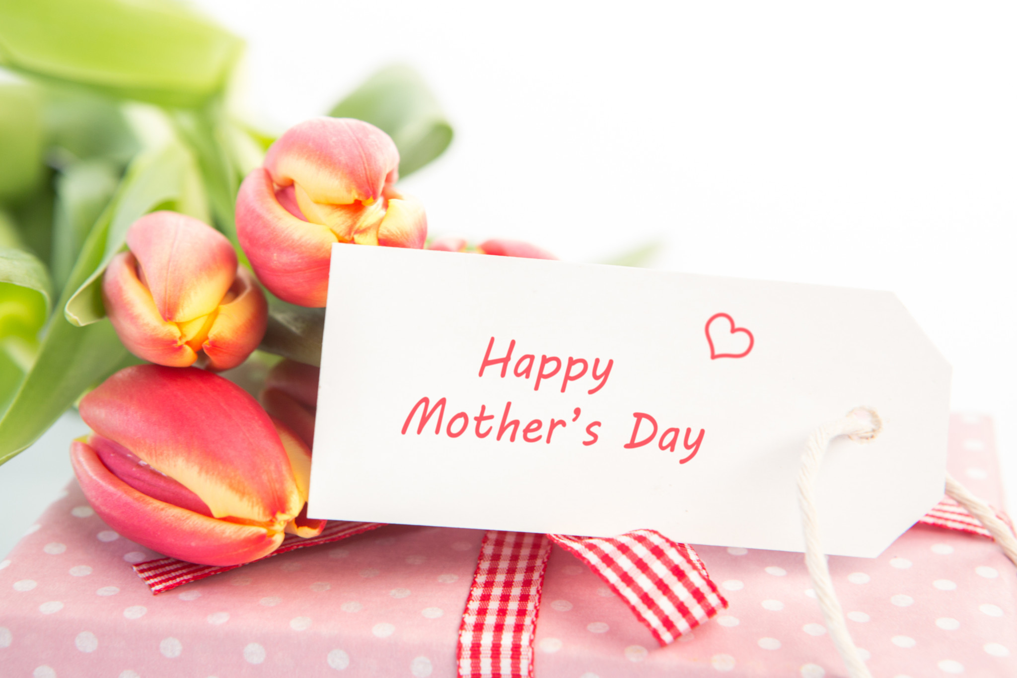 Mother\'s Day: BOGO Hallmark cards and candy; $10 off Visa gift cards ...