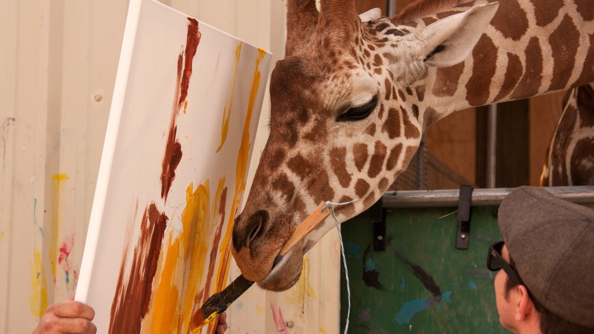 Would You Buy A Painting From This Giraffe At A Vegas