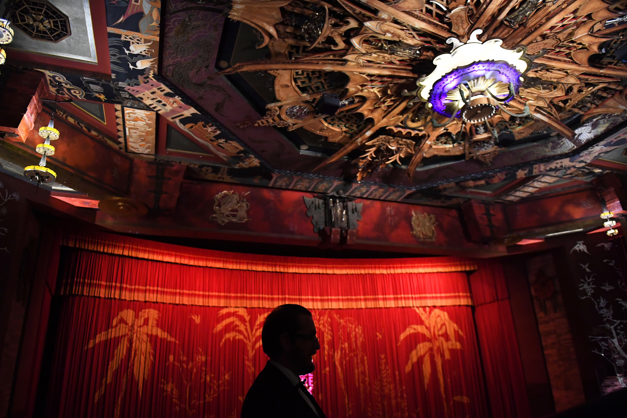 From Grauman's to TCL: 90 years of the Chinese Theatre ...