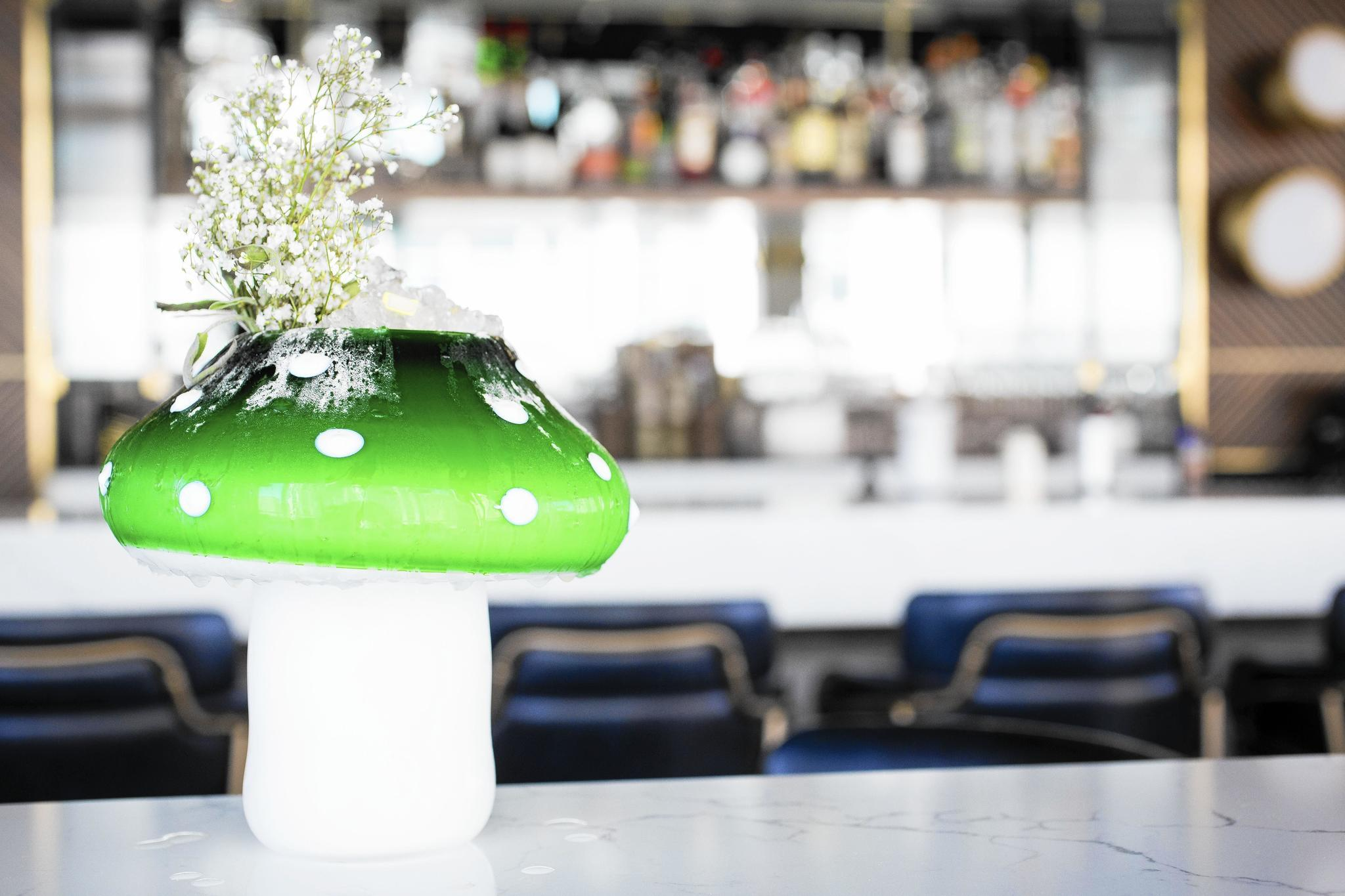 Apogee is serving the most fun cocktails in chicago right for Hotel right now in chicago