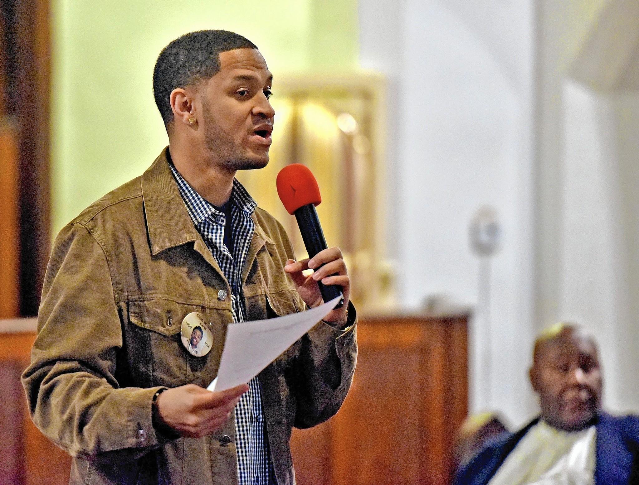 OPRF teacher announces bid for 7th District Congressional seat