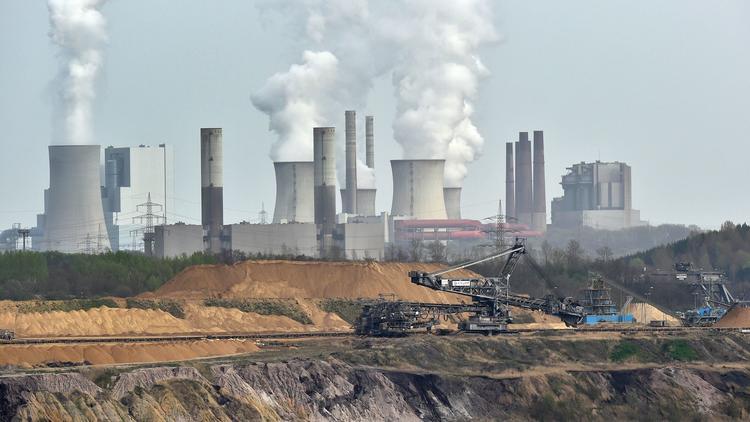 Mining operation near Grevenbroich, Germany. (Martin Meissner / Associated Press)
